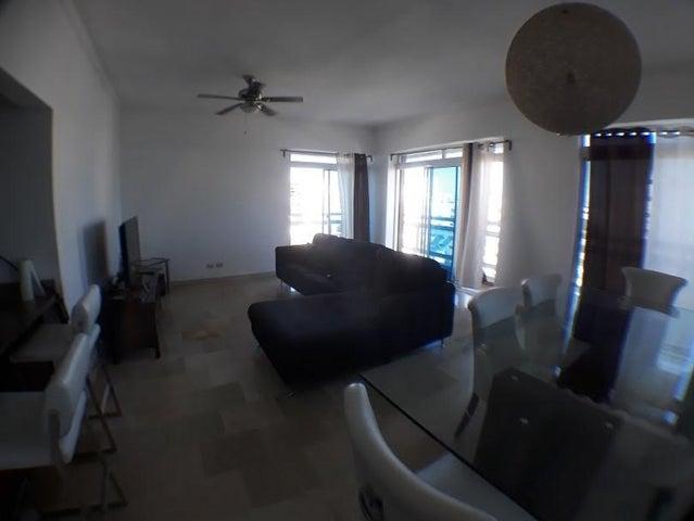 Apartamento Santo Domingo>Distrito Nacional>Renacimiento - Alquiler:1.200 Dolares - codigo: 18-610