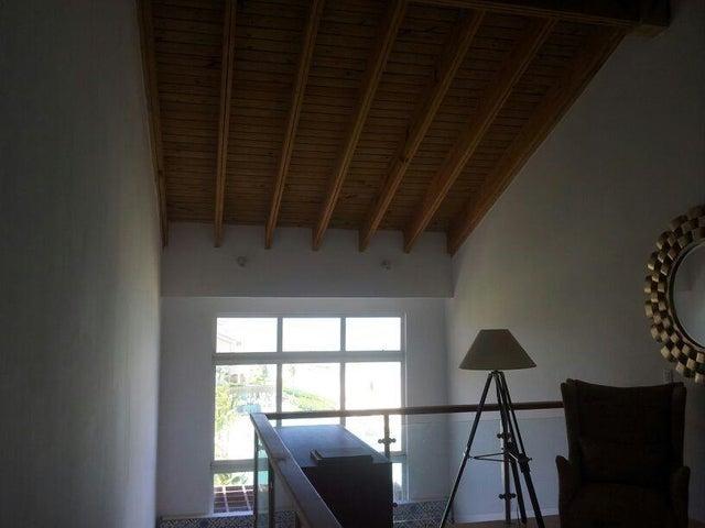 Apartamento Altagracia>Seleccione>Altagracia - Venta:550.000 Dolares - codigo: 18-618