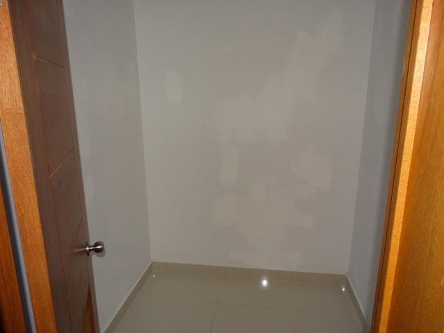 Apartamento Distrito Nacional>Santo Domingo Dtto Nacional>Bella Vista - Alquiler:900 Dolares - codigo: 18-615