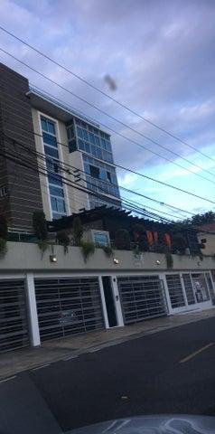 Apartamento Distrito Nacional>Santo Domingo Dtto Nacional>Los Cacicazgos - Venta:410.000 Dolares - codigo: 18-625