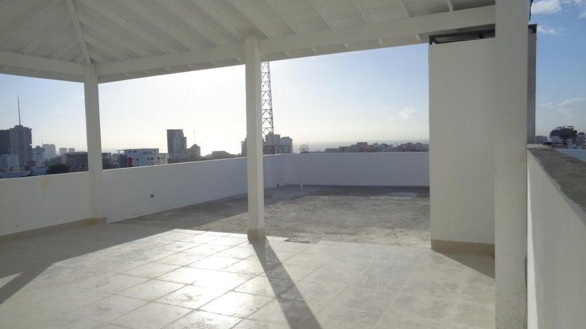 Apartamento Distrito Nacional>Santo Domingo Dtto Nacional>Evaristo Morales - Venta:350.000 Dolares - codigo: 17-632