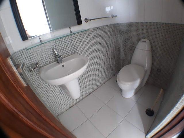 Apartamento Distrito Nacional>Santo Domingo Dtto Nacional>Bella Vista - Alquiler:750 Dolares - codigo: 18-641