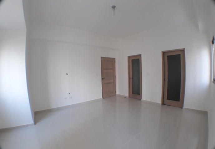 Apartamento Distrito Nacional>Distrito Nacional>Naco - Venta:265.000 Dolares - codigo: 18-644
