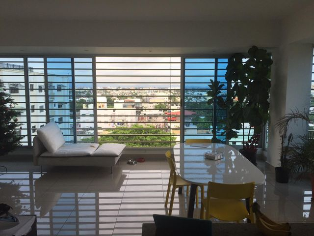 Apartamento Santo Domingo>Santo Domingo Dtto Nacional>Evaristo Morales - Venta:137.500 Dolares - codigo: 18-681