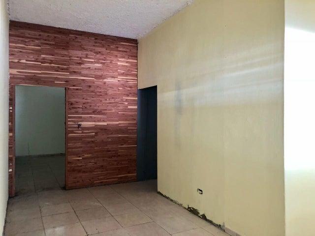 Industrial Santo Domingo>Santo Domingo Oeste>Herrera - Alquiler:2.636 Dolares - codigo: 18-673