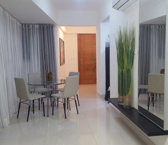 Apartamento Distrito Nacional>Santo Domingo Dtto Nacional>Naco - Alquiler:1.200 Dolares - codigo: 18-686