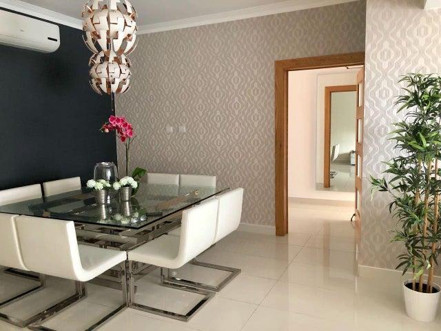 Apartamento Santo Domingo>Distrito Nacional>Piantini - Venta:345.000 Dolares - codigo: 18-702