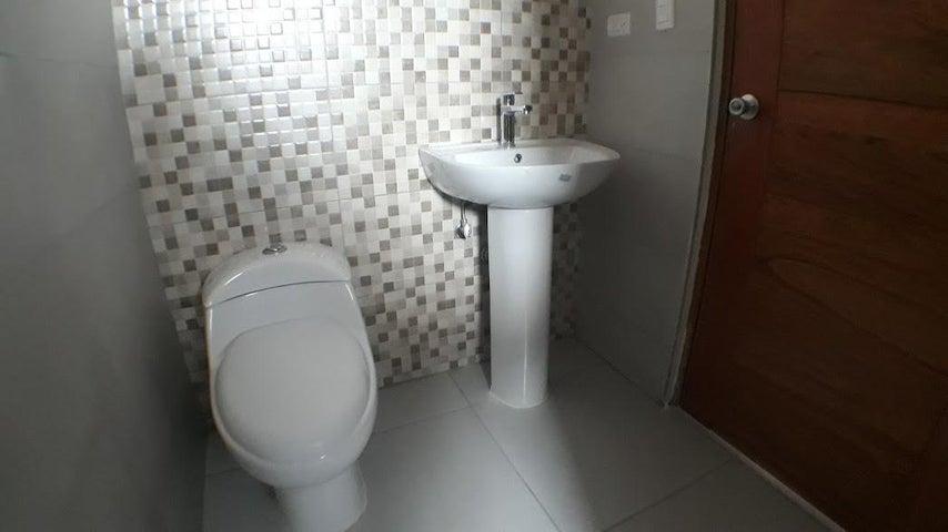 Apartamento Santo Domingo>Distrito Nacional>Naco - Venta:142.000 Dolares - codigo: 18-703