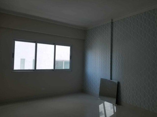 Apartamento Santo Domingo>Santo Domingo Dtto Nacional>Esperilla - Alquiler:2.300 Dolares - codigo: 18-713