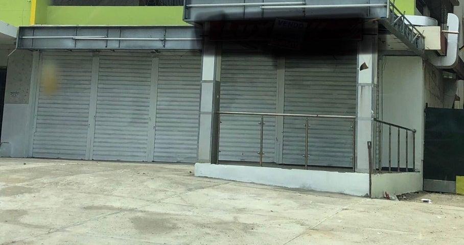 Local Comercial Distrito Nacional>Santo Domingo Dtto Nacional>Gazcue - Alquiler:1.500 Dolares - codigo: 18-720