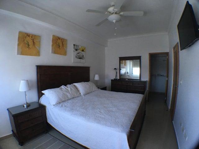 Apartamento Distrito Nacional>Santo Domingo Dtto Nacional>Vergel - Alquiler:1.100 Dolares - codigo: 18-520