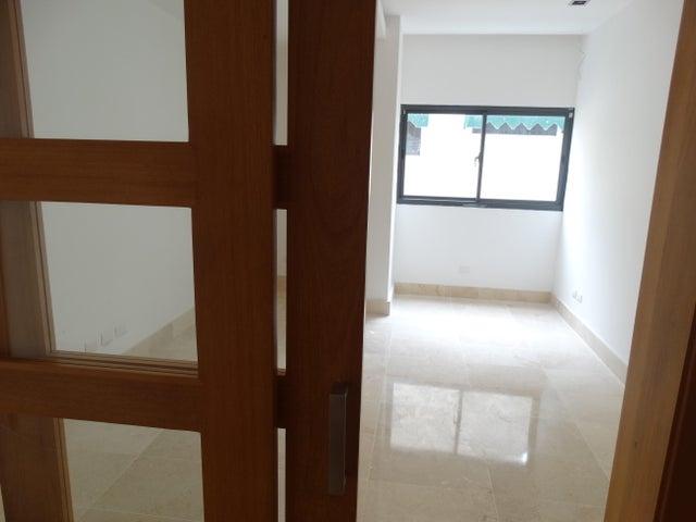 Apartamento Distrito Nacional>Santo Domingo Dtto Nacional>Naco - Alquiler:2.600 Dolares - codigo: 18-785