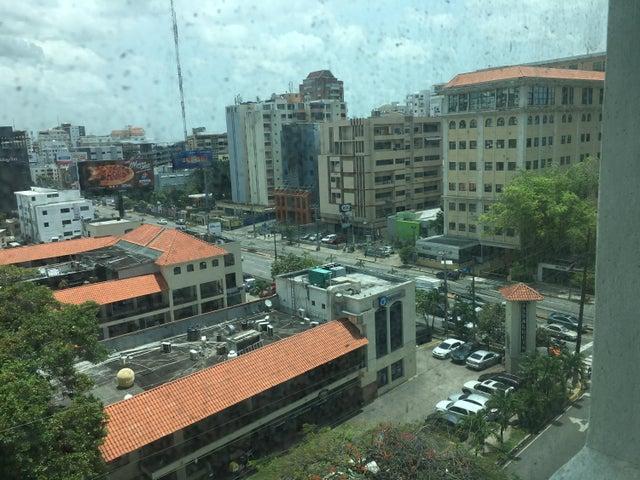 Oficina Distrito Nacional>Santo Domingo Dtto Nacional>Piantini - Venta:780.000 Dolares - codigo: 18-799