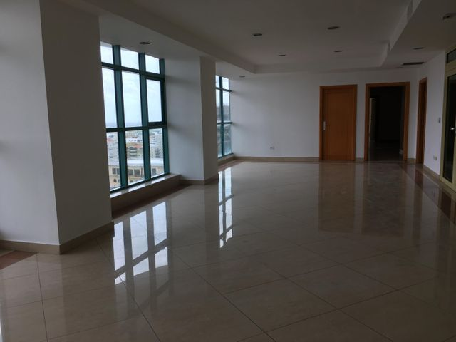 Local Comercial Distrito Nacional>Santo Domingo Dtto Nacional>Piantini - Alquiler:14.560 Dolares - codigo: 18-800