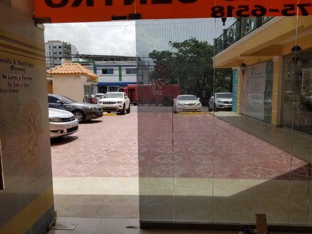 Local Comercial Distrito Nacional>Santo Domingo Dtto Nacional>Los Prados - Alquiler:560 Dolares - codigo: 18-808