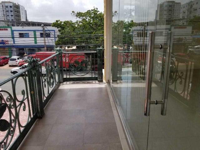 Local Comercial Distrito Nacional>Santo Domingo Dtto Nacional>Los Prados - Alquiler:760 Dolares - codigo: 18-810