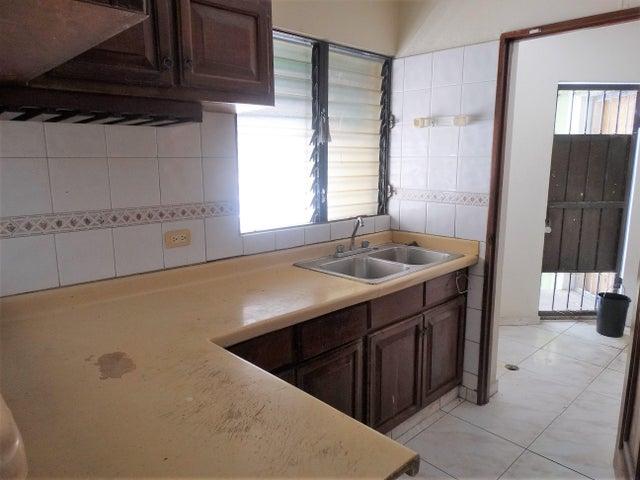 Apartamento Distrito Nacional>Santo Domingo Dtto Nacional>Evaristo Morales - Alquiler:27.000 Pesos - codigo: 18-827