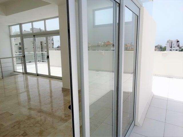 Apartamento Santo Domingo>Distrito Nacional>Evaristo Morales - Venta:330.000 Dolares - codigo: 18-828