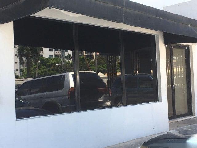 Local Comercial Distrito Nacional>Santo Domingo Dtto Nacional>Evaristo Morales - Alquiler:1.594 Dolares - codigo: 18-840