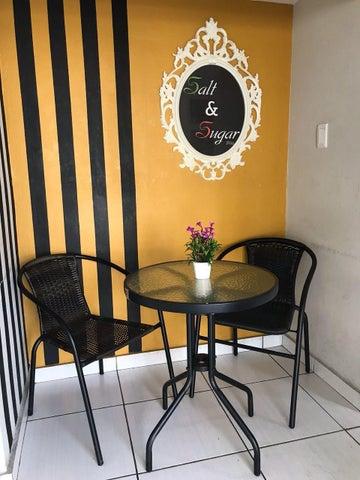 Local Comercial Distrito Nacional>Santo Domingo Dtto Nacional>Julienta Morales - Venta:10.000 Dolares - codigo: 18-865