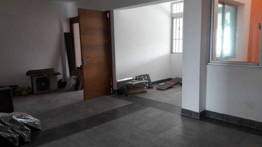 Apartamento Santo Domingo>Distrito Nacional>Jardines del Sur - Venta:83.000 Dolares - codigo: 18-870