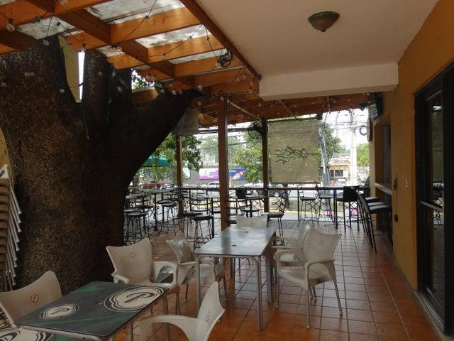 Local Comercial Distrito Nacional>Santo Domingo Dtto Nacional>Paraiso - Venta:50.000 Dolares - codigo: 18-876