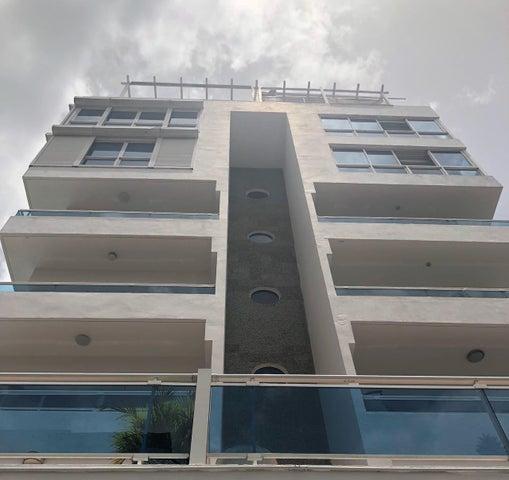 Apartamento Santo Domingo>Santo Domingo Dtto Nacional>Vergel - Venta:130.000 Dolares - codigo: 18-892