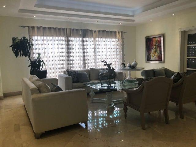 Apartamento Distrito Nacional>Distrito Nacional>Piantini - Venta:550.000 Dolares - codigo: 18-904