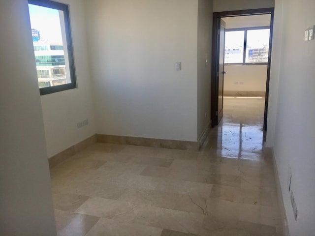 Apartamento Santo Domingo>Distrito Nacional>Naco - Alquiler:3.000 Dolares - codigo: 18-966