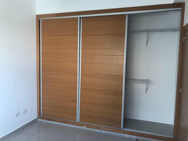 Apartamento Santo Domingo>Distrito Nacional>Serralles - Venta:205.000 Dolares - codigo: 18-960