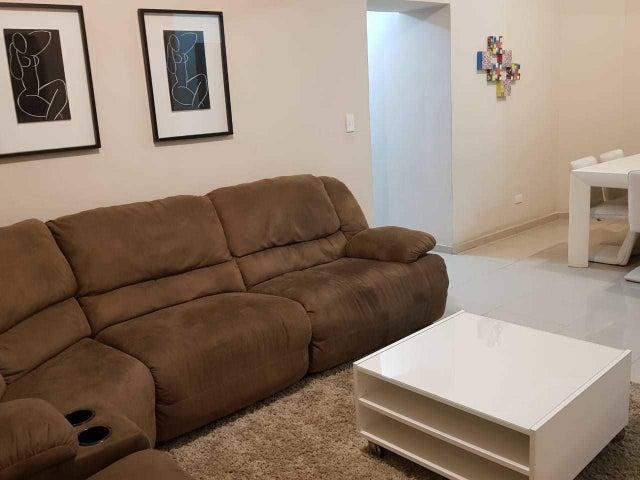 Apartamento Santo Domingo>Distrito Nacional>Evaristo Morales - Alquiler:1.200 Dolares - codigo: 18-970