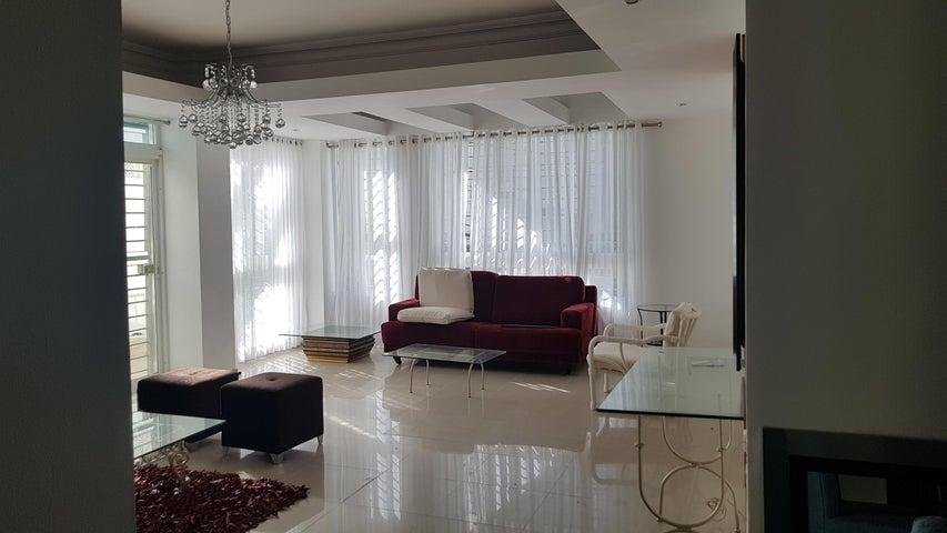 Apartamento Santo Domingo>Distrito Nacional>Evaristo Morales - Alquiler:1.500 Dolares - codigo: 18-1005