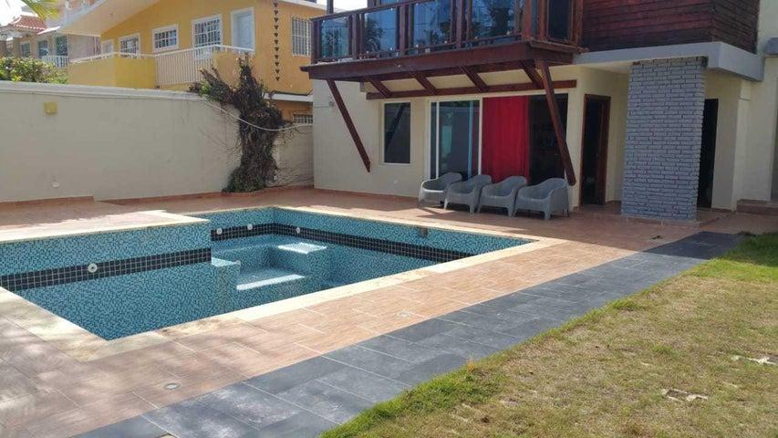 Edificio San Pedro de Macoris>Juan Dolio>Guayacanes - Venta:449.000 Dolares - codigo: 18-1011