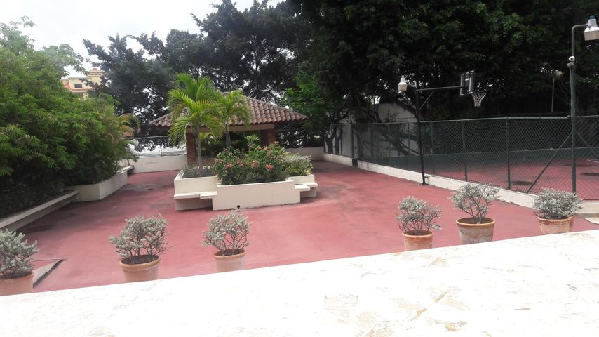 Apartamento Distrito Nacional>Santo Domingo Dtto Nacional>Esperilla - Alquiler:125.000 Dolares - codigo: 18-1025