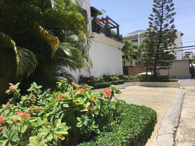 Apartamento Santo Domingo>Distrito Nacional>Naco - Alquiler:1.500 Dolares - codigo: 18-1056