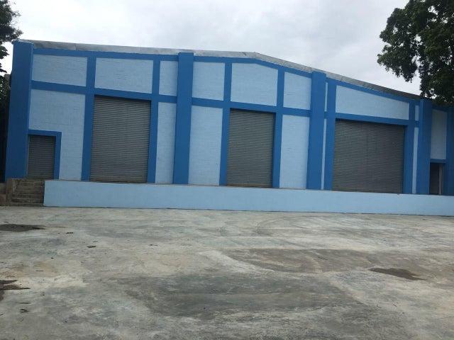 Galpon - Deposito Distrito Nacional>Santo Domingo Dtto Nacional>Avenida 30 de Mayo - Venta:535.000 Dolares - codigo: 18-1063