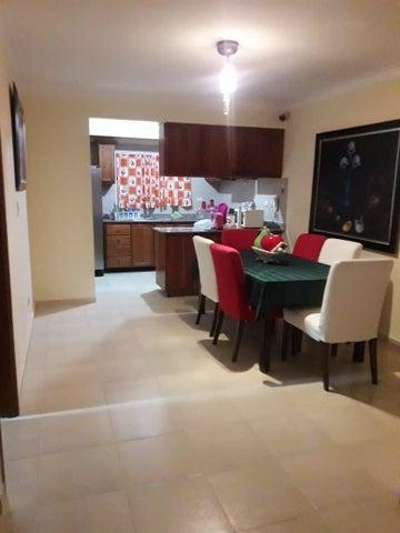 Apartamento Santo Domingo>Distrito Nacional>Altos de Arroyo Hondo - Venta:5.000.000 Pesos - codigo: 18-1074