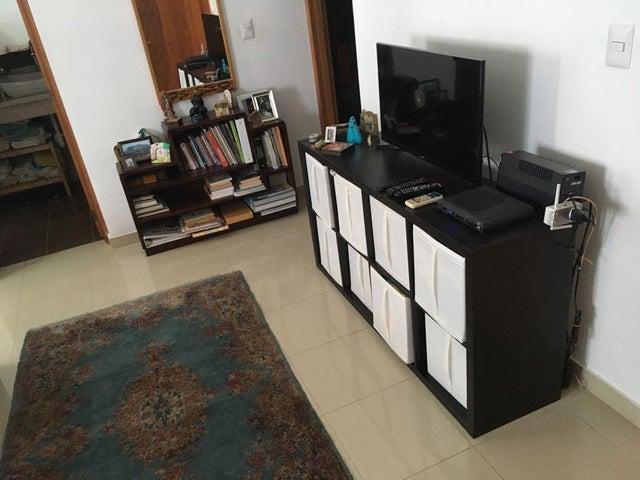 Apartamento Santo Domingo>Distrito Nacional>Evaristo Morales - Venta:200.000 Dolares - codigo: 18-1081