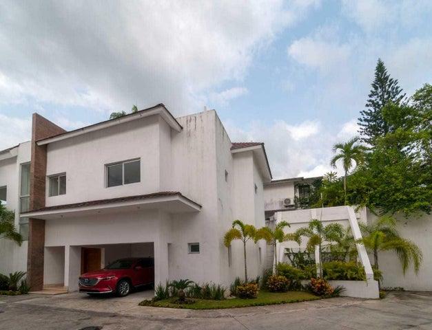 Casa Distrito Nacional>Santo Domingo Dtto Nacional>Altos de Arroyo Hondo - Alquiler:2.500 Dolares - codigo: 18-1083