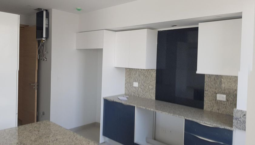Apartamento Distrito Nacional>Santo Domingo Dtto Nacional>Evaristo Morales - Venta:189.000 Dolares - codigo: 18-1087