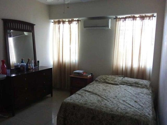 Apartamento Distrito Nacional>Santo Domingo Dtto Nacional>El Millon - Venta:6.500.000 Pesos - codigo: 18-1090
