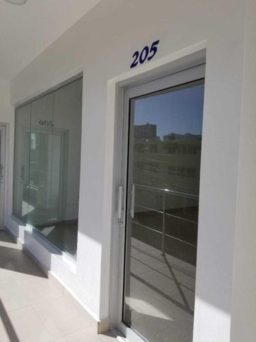 Local Comercial Santo Domingo>Distrito Nacional>Naco - Alquiler:1.312 Dolares - codigo: 18-501