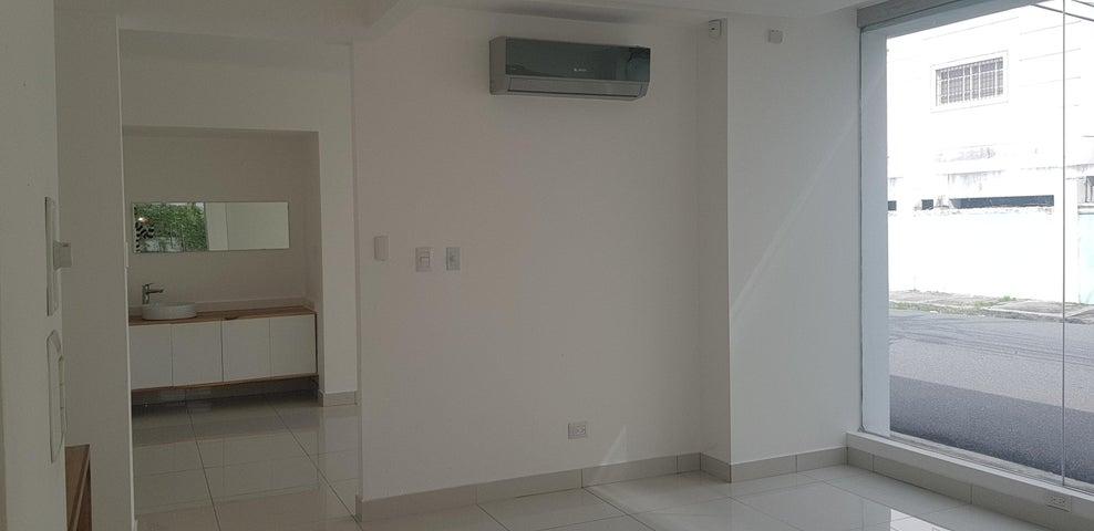 Local Comercial Santo Domingo>Distrito Nacional>Paraiso - Alquiler:6.500 Dolares - codigo: 18-1190