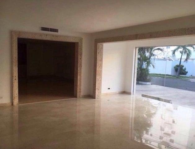 Local Comercial Santo Domingo>Distrito Nacional>Naco - Alquiler:6.000 Dolares - codigo: 18-1199