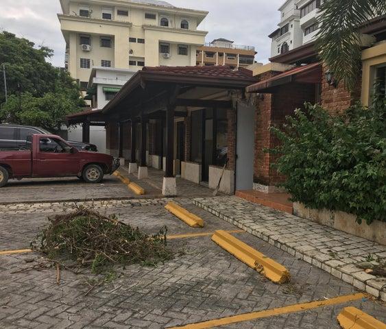 Local Comercial Santo Domingo>Distrito Nacional>Naco - Alquiler:820 Dolares - codigo: 18-1222