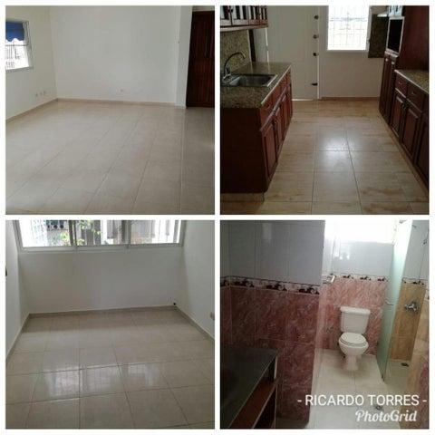 Casa Santo Domingo>Distrito Nacional>Altos de Arroyo Hondo - Venta:775.000 Dolares - codigo: 18-1239