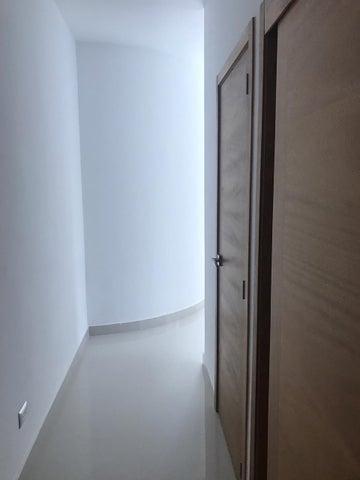 Apartamento Santo Domingo>Distrito Nacional>Piantini - Venta:140.000 Dolares - codigo: 18-1193