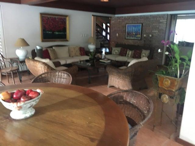 Casa Santo Domingo>Distrito Nacional>Bella Vista - Venta:1.100.000 Dolares - codigo: 18-1256