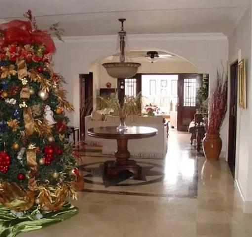 Casa Santo Domingo>Distrito Nacional>Arroyo Hondo - Venta:1.000.000 Dolares - codigo: 18-1364