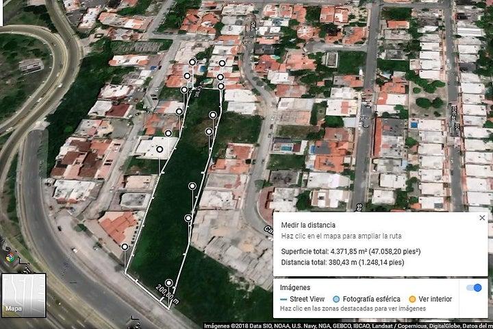 Terreno Santo Domingo>Santo domingo Este>Las Americas - Venta:745.000 Dolares - codigo: 18-1365
